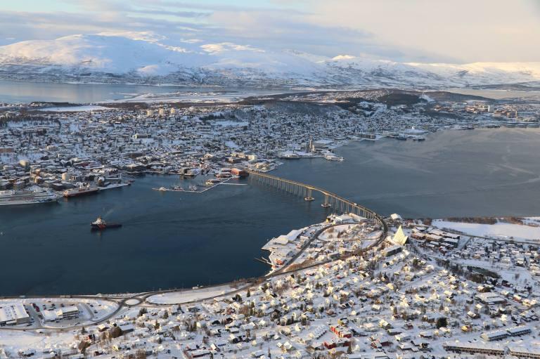 Storsteinen-Fjellheisen-Tromso-island-norway-gift-of-paris