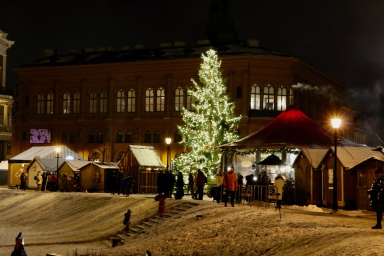 gift-of-paris-riga-christmas-market